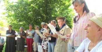 Волонтери ЦК посетили Геронтолошки центар
